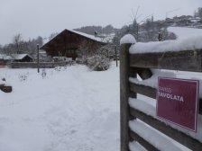 Berner Oberländer Bauernhaus im Winter
